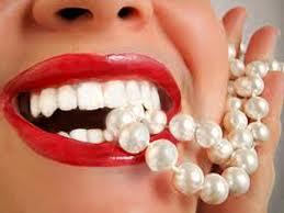 Modificari de culoare ale dintilor devitali – cauze si tratament