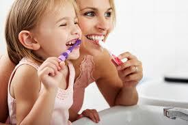 Cum ingrijim lucrarile dentare?